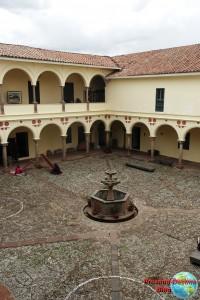 Patio del museo Inka de Cuzco