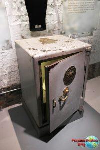 Replica de la caja fuerte donde se guarda la levadura con la que se fabrica la Guinness